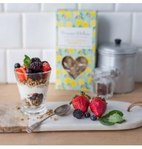 Granola Bio-Raw sin gluten Limón-Goji-Anacardos, Primrose`s Kitchen (300 g)  de Primrose´s Kitchen